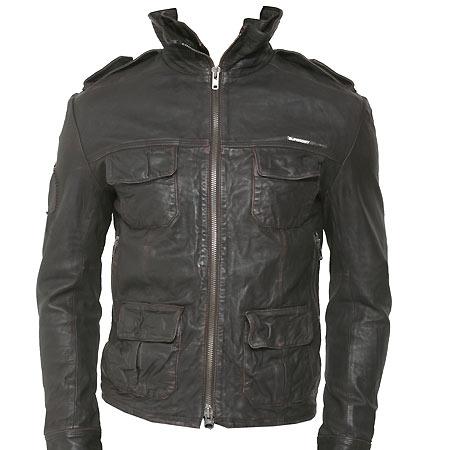 http://static.guim.co.uk/Guardian/business/gallery/2007/dec/05/retail/superdry_leather_ja-6226.jpg