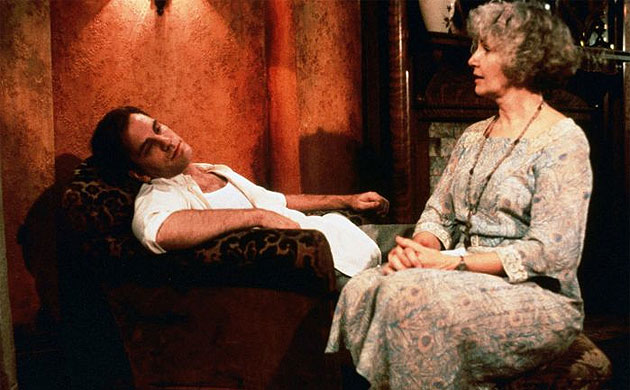 the role of symbols in the glass menagerie by tennessee williams No play in the modern theatre has so captured the imagination and heart of the american public as tennessee williams's the glass menagerie  the role of amanda, the.