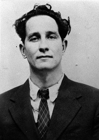 July 8 1963: Ronnie Biggs, 35, who was given 30 years for his part in ...