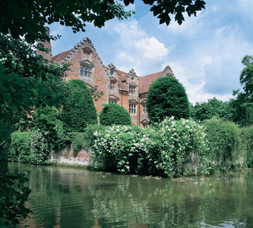 Property Homes With Moats Money The Guardian