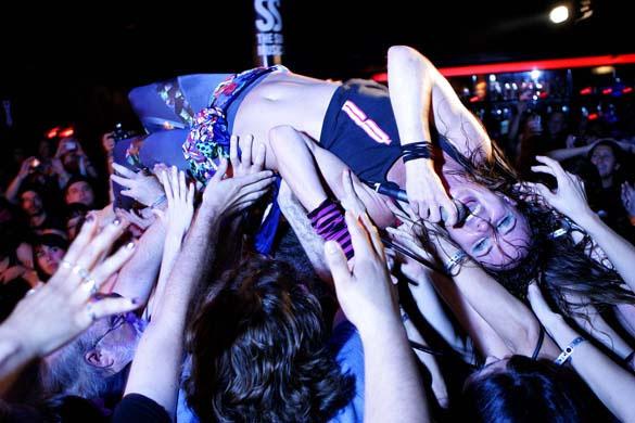 Juliette Lewis Live image