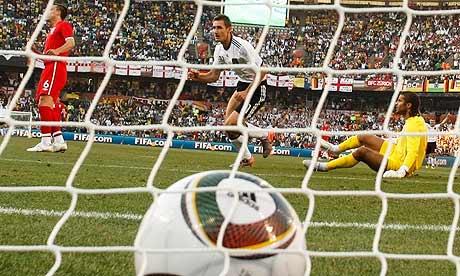 Miroslav Klose, David James
