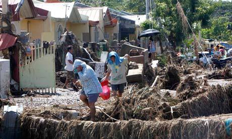 Philippines floods debris