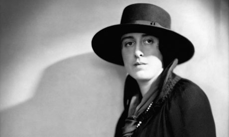Novelist and poet Vita Sackville-West circa 1925.