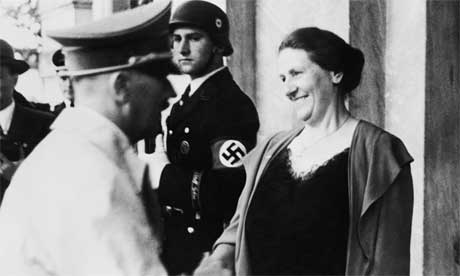 Hilter meets Winifred Wagner at Bayreuth