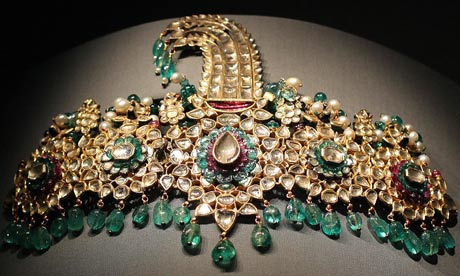 Maharaja exhibition: a belt buckle dated 1925