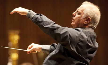 Daniel Barenboim conducting Berlin Staatskapelle