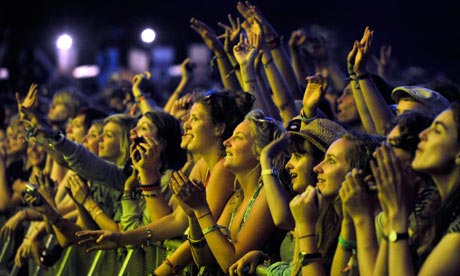 A largely female crowd watches Vampire Weekend at Latitude on Sunday.