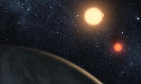 La NASA ejemplo de Kepler-16b, con sus dos estrellas