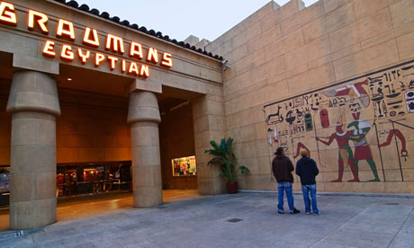 Graumans Egyptian theater 007 9 Bioskop yang paling Unik di Dunia