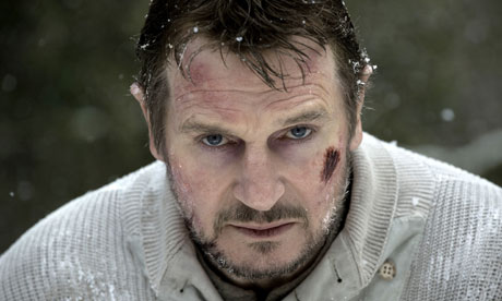 Liam-Neeson-in-The-Grey-2-008