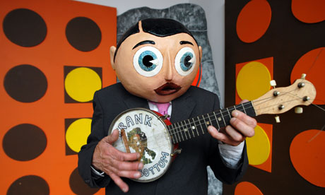 Frank Sidebottom (Chris Sievey) at Chelsea Space