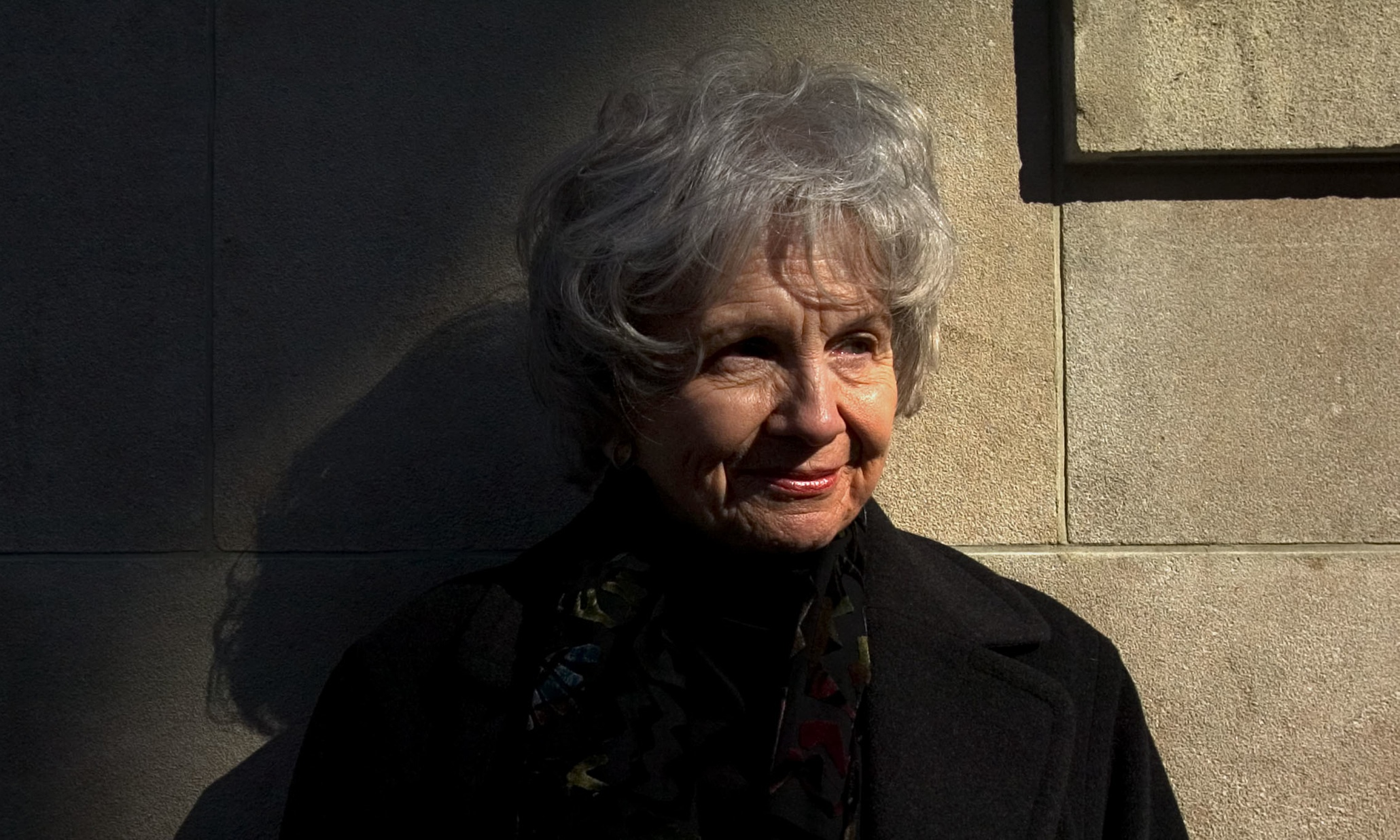 lives of girls and women alice munro essay Alice munro's miraculous art alice munro's miraculous art: critical essays religion in alice munro's lives of girls and women and.