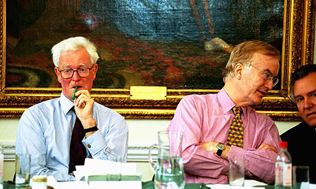 Hugo Young next to Douglas Hurd, talking to Peter Hain