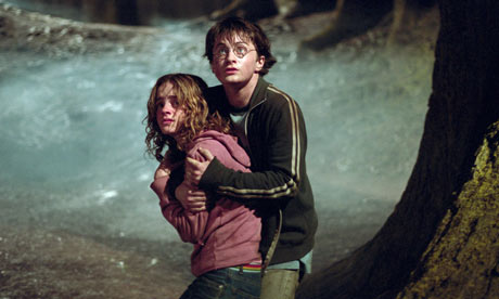 Emma Watson and Daniel Radcliffe in Harry Potter and the Prisoner of Azkaban (2004)