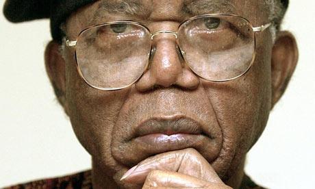 Chinua Achebe in 2002