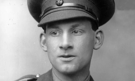 wilfred owen siegfried sasson Join us the wilfred owen association is run by volunteers and  we will recite all the poems that wilfred wrote in  held alongside the siegfried sassoon.