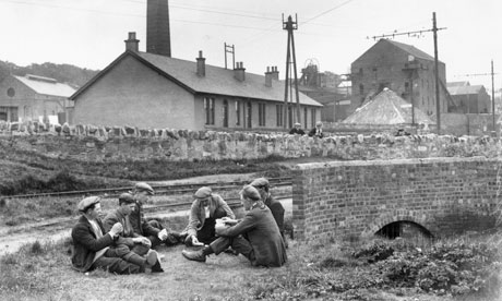 Miners play cards outside Prestonpans Colliery, East Lothian, during the general strike.