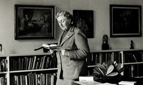 http://static.guim.co.uk/sys-images/Books/Pix/pictures/2013/2/12/1360674334924/Agatha-Christie-in-1946-010.jpg