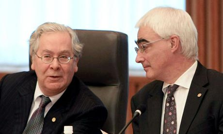 Mervyn King (l) and Alistair Darling