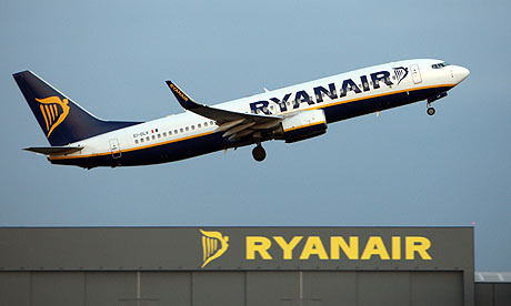 Ryanair to cut jobs in Manchester