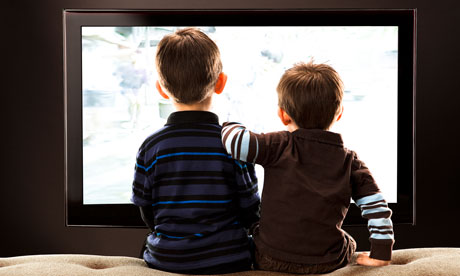 children and tv Child psychology and positive parenting: television and children television and how it effects children's mental health how many hours should parents allow children to watch tv.
