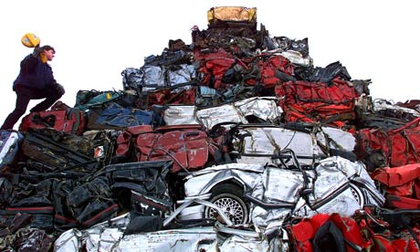 500 crushed car pyramid in Liverpool
