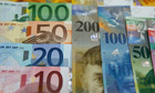 Euro and Swiss Franc notes