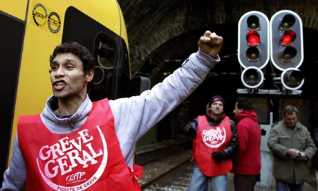  A strike picket during the general strike at Sao Bento station in Porto, nothern of Portugal.