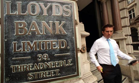 lloyds bank change of address abroad
