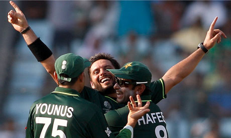 Shahid Afridi World Cup Jersey. Shahid Afridi celebrates a