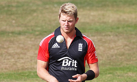 Stuart Meaker in action for England Lions against Sri Lanka