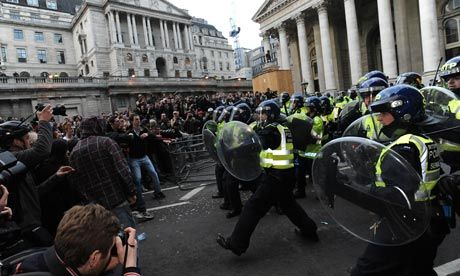 G20 protesters clash with police in front of the Bank of England, April 2009