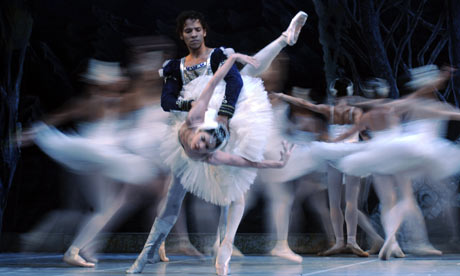 Dancers of the Cuban national ballet perform during a rehearsal of Swan Lake