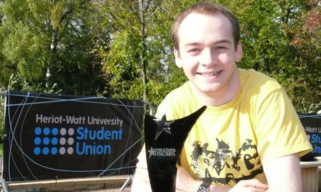 Mike Ross, president of Heriot-Watt University Student Union, with the Learning And Teaching Oscar