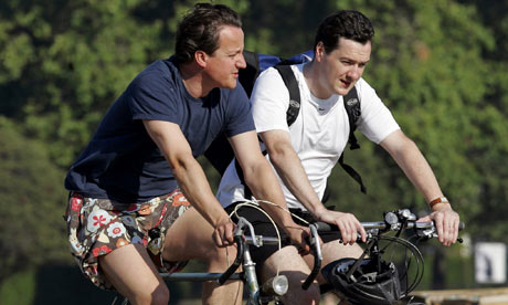 Bike Blog : David Cameron and George Osborne cycle to work through Hyde Park, London