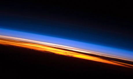 溫室效應為保持星球溫度的主要機制之一。圖片來自:NASA。