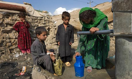 MDG7 env refugees living in the  Parwan-e-duo slum, Kabul, Afghanistan