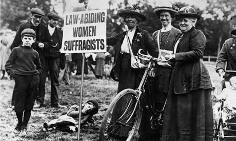 MDG : Suffragettes Cycle to Meeting