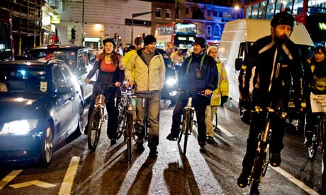 Bike blog : Bike's Alive protest against TFL's road safety policies at King's Cross