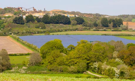 Green Energy on Isle of Wight : Solar Farm near Blackwater, Newport