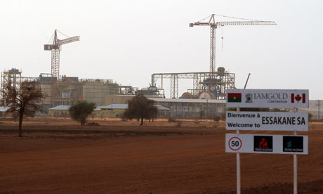 MDG : Canada in Africa : Burkina Faso Essakane gold mine managed by canadian mining company IAMGOLD