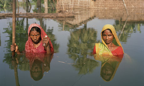 Drowning World at Somerset House by photo artist Gideon Mendel : Floods in India