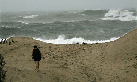 Damian on sea levels rising on North East Cost of US : Hurricane Irene Crosses North Carolina Coast