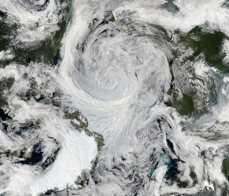 Big Picture : Summer Storm Spins Over Arctic
