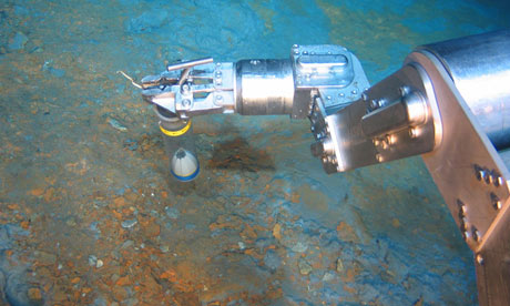 Nautilus Minerals team taking rock sampling during  deep sea mining exploration