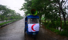 Cyclone Mahasen  : Bangladeshi Red Crescent Society members announce evacuation orders
