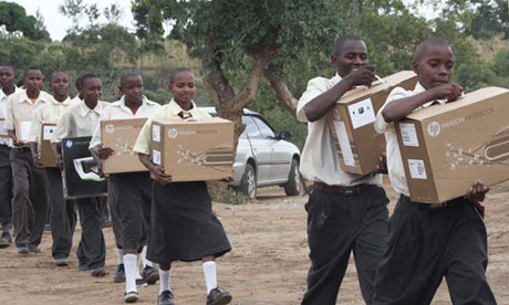 MDG : Computer for students in Kenya