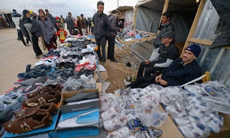 MDG : Syrian refugees business :  Makeshift shops at Za'atari refugee camp in Jordan