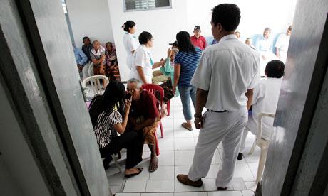 MDG : Australia Aid : AusAID Bali Mobile Eye Clinic